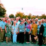 Big group of ALDAcon attendees mostly from Chicago outside hotel